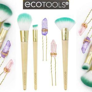 EcoTools Jade Infused Makeup Brush Set Fan Blush